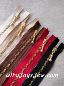 "Light Gold Metal Closed-ended Zipper in 5 Colours in 25cm (9.8""). Suitable for Bags"