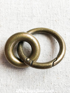 "3cm (1.2"") Round Edge Gate/Spring Rings in Antique Brass"