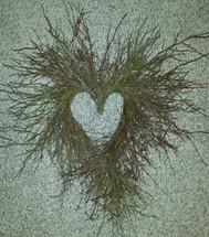 """Birch Huckleberry 24"""" heart each"""