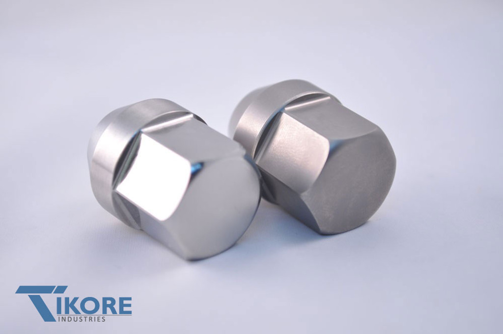 Corvette Titanium Closed End Lug Nuts