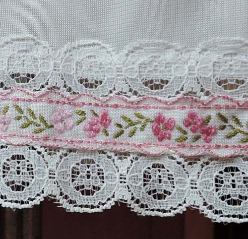 1960s 'Sears Doesn't Slip' White Nylon Half Slip with Pink Floral Trim, 24 - 29 waist