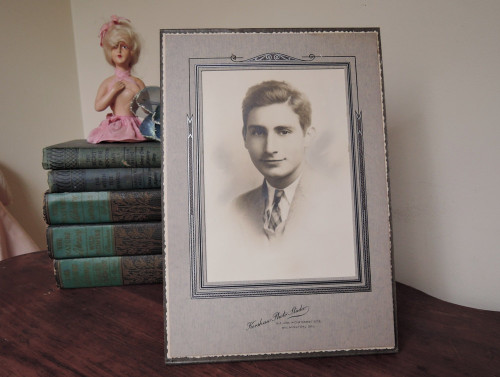 Photo of a handsome young man from the 1940s, Art Deco Cardboard Frame