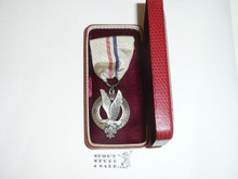 Explorer Silver Award Medal, Type 2, 1950's, MINT condition in original Box, STERLING Silver with Robbins Hallmark