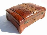 Rare CUBAN 1920's-30's HORNBACK Alligator Skin Jewelry Case - WOW!