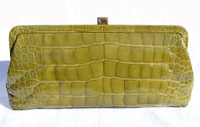 Advocado GREEN 1990's-2000's ALLIGATOR Belly Skin Clutch Bag