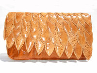 New!1970's SCALLOPED FROG & SNAKE SKIN Clutch Shoulder Bag