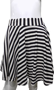 Black/White Stripe Printed Skirt