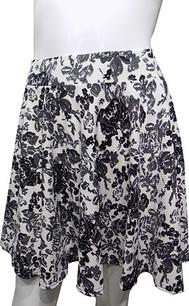 Black/White Floral Printed Skirt