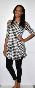 3569 Black/White Houndstooth Cold Shoulder Top