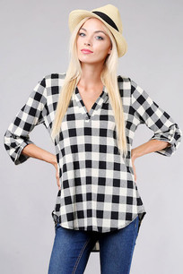 3288 White/Black Plaid V Top