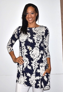 5003 Navy/White Damask Print Tunic w/ Pockets