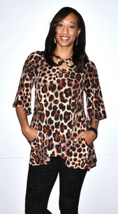 3614 Animal Print Criss Crossed Neck Pocket Top