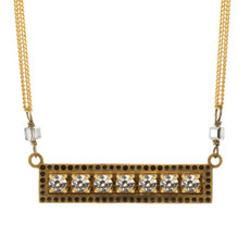 White Crystals Ber Necklace