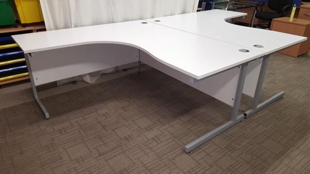 White office desks Second hand