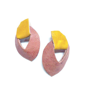 Re-purposed off cuts of yellow and natural leather on stud earrings.