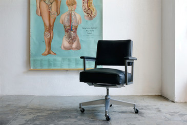 SOLD - 1960s Steno Office Chair, Refinshed