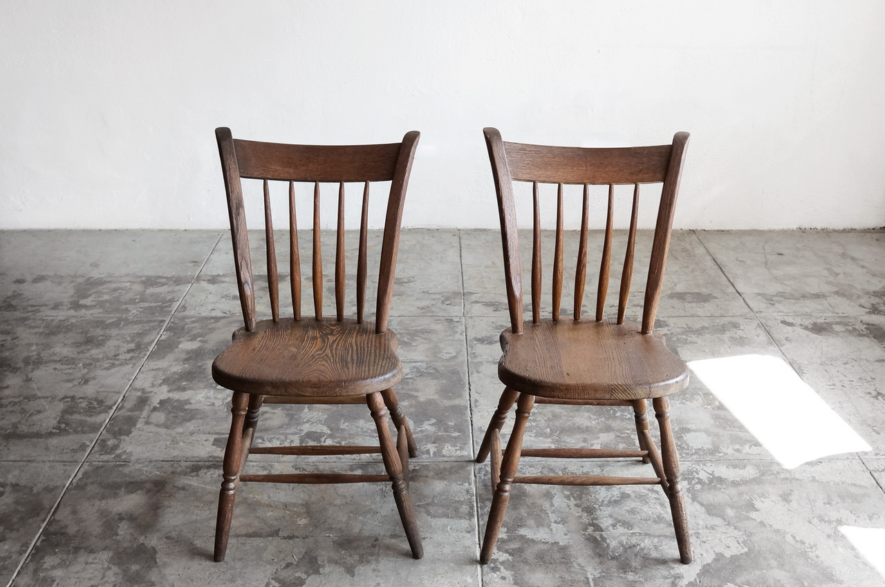 Superieur SOLD   Pair Of Primitive Early American Spindle Side Chairs, Antique