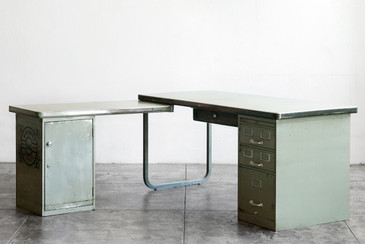 Rare 1950s Modular Tanker Desk with Return by Cole Steel