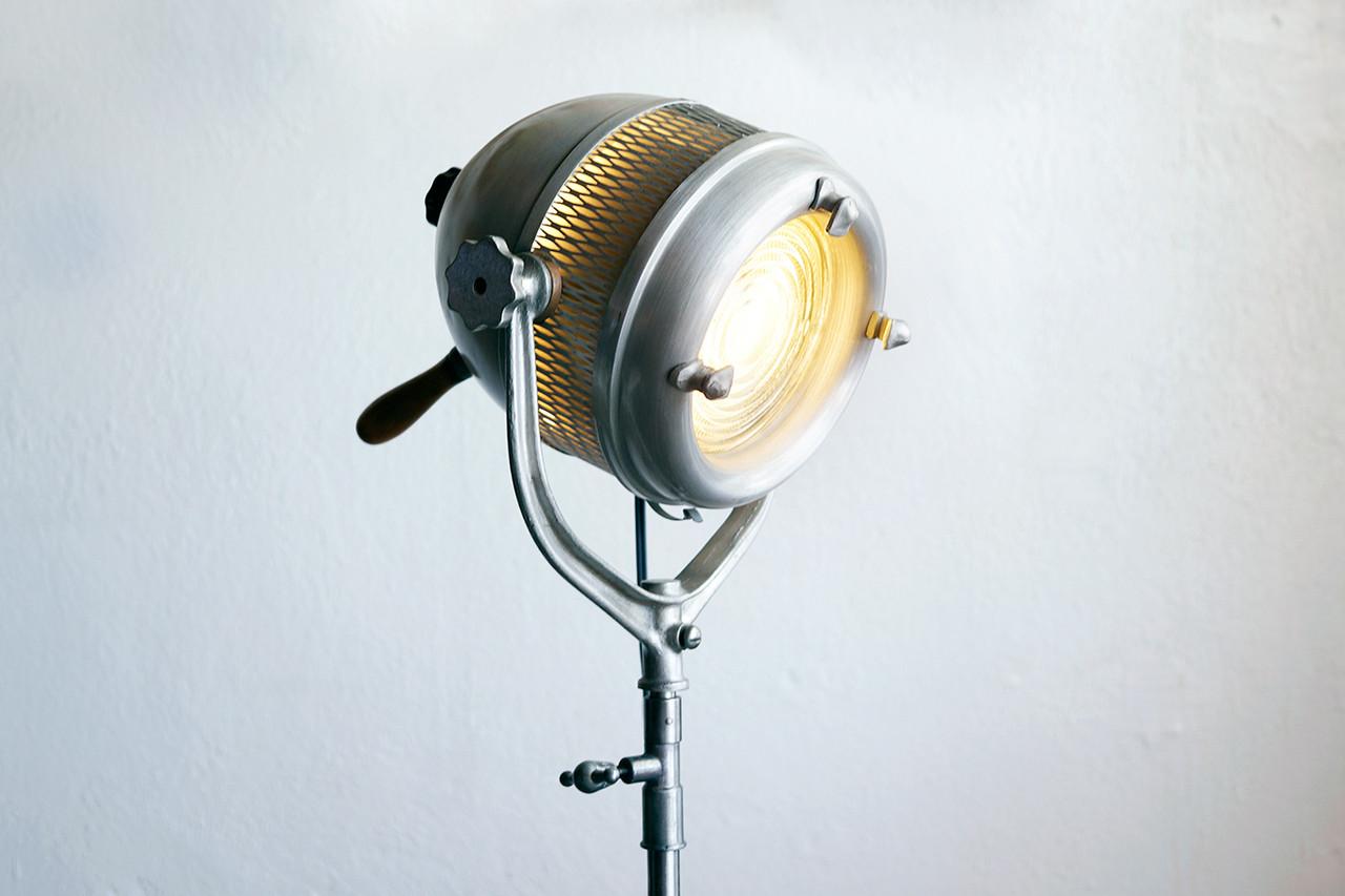 SOLD - Beattie Hollywood Industrial Movie Light c.1940s & SOLD - Beattie Hollywood Industrial Movie Light c.1940s - Rehab ...