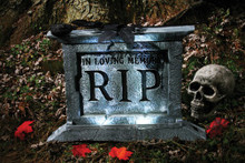 /22-light-up-spooky-tombstone-with-black-rose-in-loving-memory-rip/