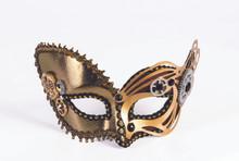 Steampunk Venetian Mask with Gears Sunglass Style