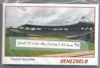 34 Latin American Ballparks (34 Latin Ballparks)