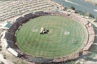 Carrara Stadium (L.H.S. 61)
