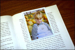 Sticky-Pic, Magnetic Photo Bookmarker