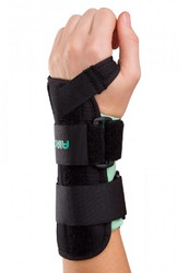 Aircast A2 Wrist Brace  is designed to provide support for wrist injuries, carpal tunnel syndrome, post-operative use, and post-removal of casting or splint