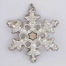 Gorham Annual Snowflake Ornament 1982