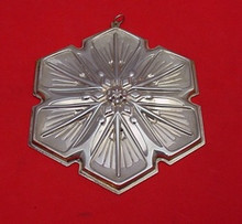 Gorham Annual Snowflake Ornament 1992