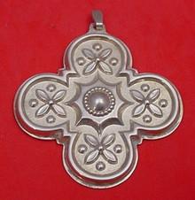 Reed & Barton Annual Cross Ornament 1986