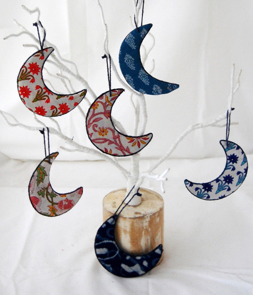 Moon-Christmas-Ornament-203013