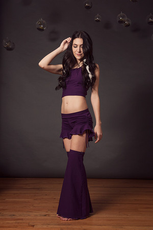 Ruffle Shorts in Plum
