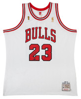 MICHAEL JORDAN Autographed 1997 Bulls Home Authentic Finals Jersey UDA LE 123