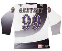 WAYNE GRETZKY Autographed Los Angeles Kings 1995-96 Jersey UDA