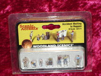 Woodland Scenics A2171 N ACCIDENT WAITING FIGURES z