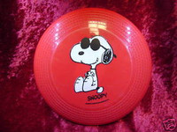 FLYING DISK RED w/ SNOOPY Have Fun Outdoors New Toy z