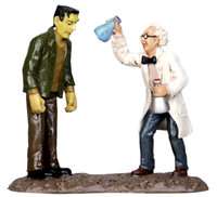 Lemax 32104 MAD SCIENTIST Spooky Town Figurine Retired Halloween Decor Figure bcg