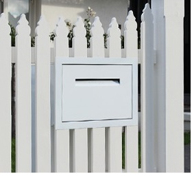 fence wall letterbox accepts parcels.jpg