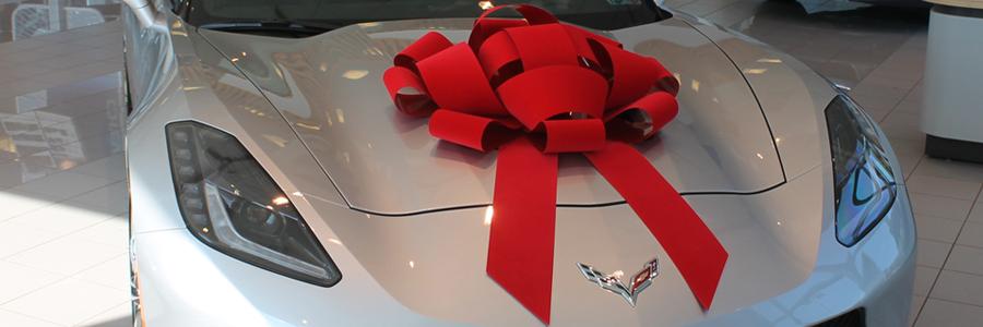 C7 Corvette w/ Red Bow