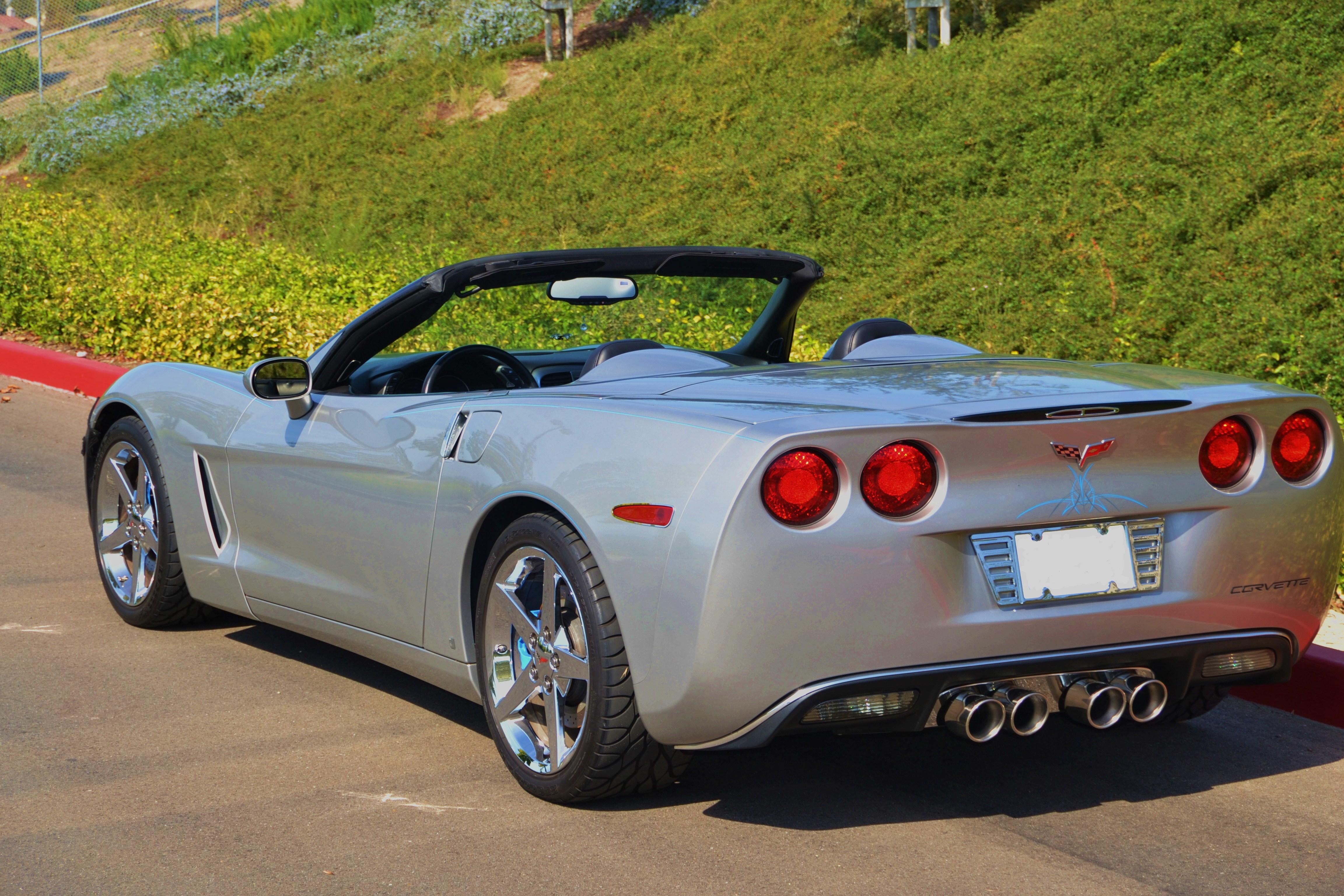 2007 convertible corvette  machine silver metallic