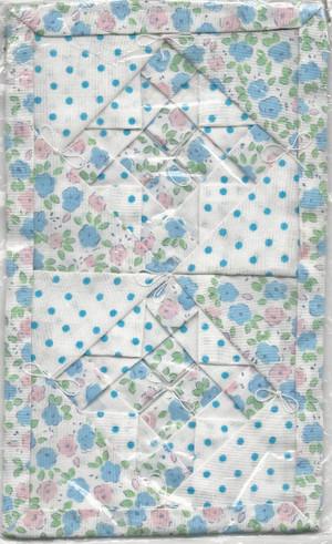 Dollhouse Miniature - AL5200A - Alice Lacy - Floral Quilt - ALS5200A