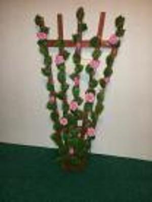 2288 - Trellis - Roses