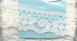 4190017 - Lace: White