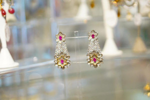 Earring with Pink stone