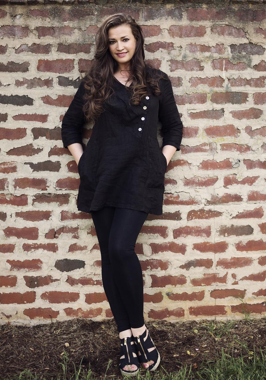 Mona Lisa Tunic - Black
