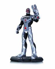 DC Comics Icons Cyborg 1/6 Scale Statue -- DEC130365