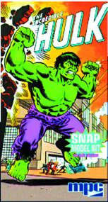 Incredible Hulk Model Kit -- Avengers -- DEC131925