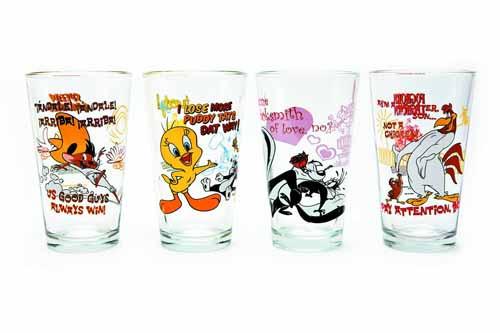 Toon Tumblers Pepe Lepew Pint Glass -- DEC132209
